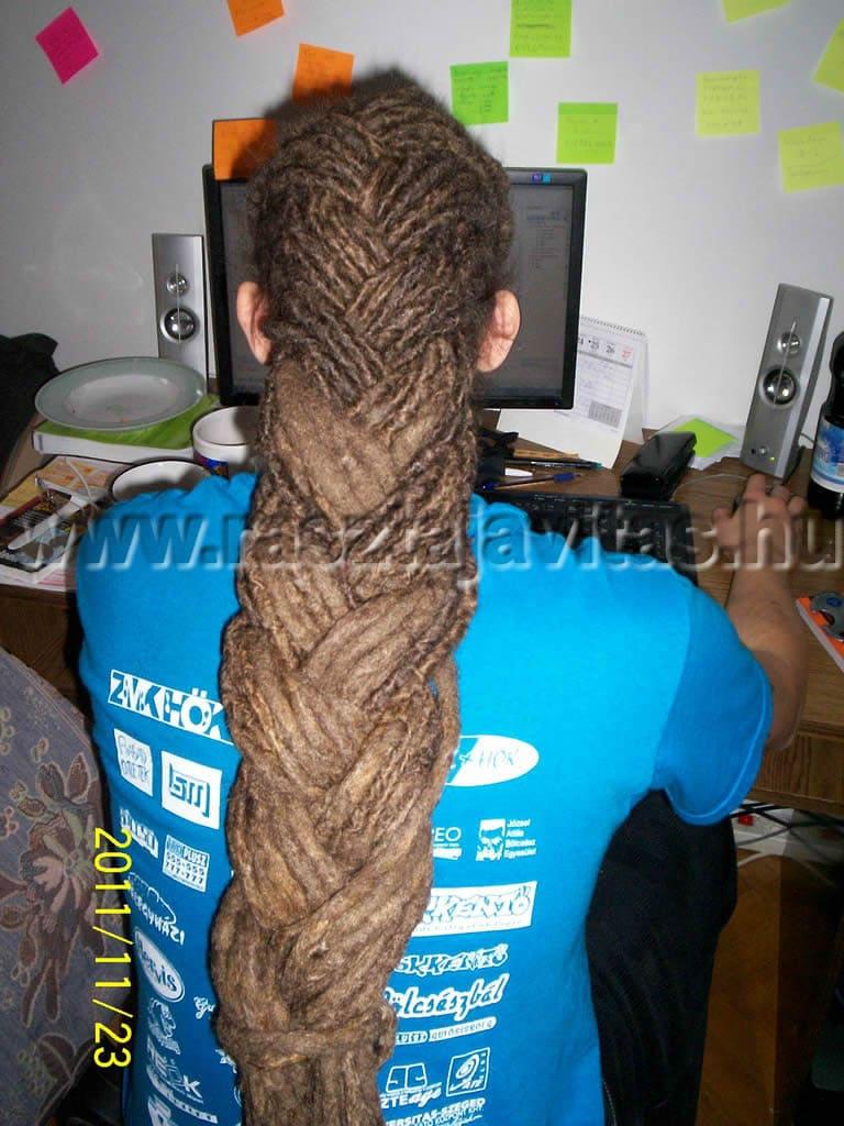 raszta haj felkötés fonás