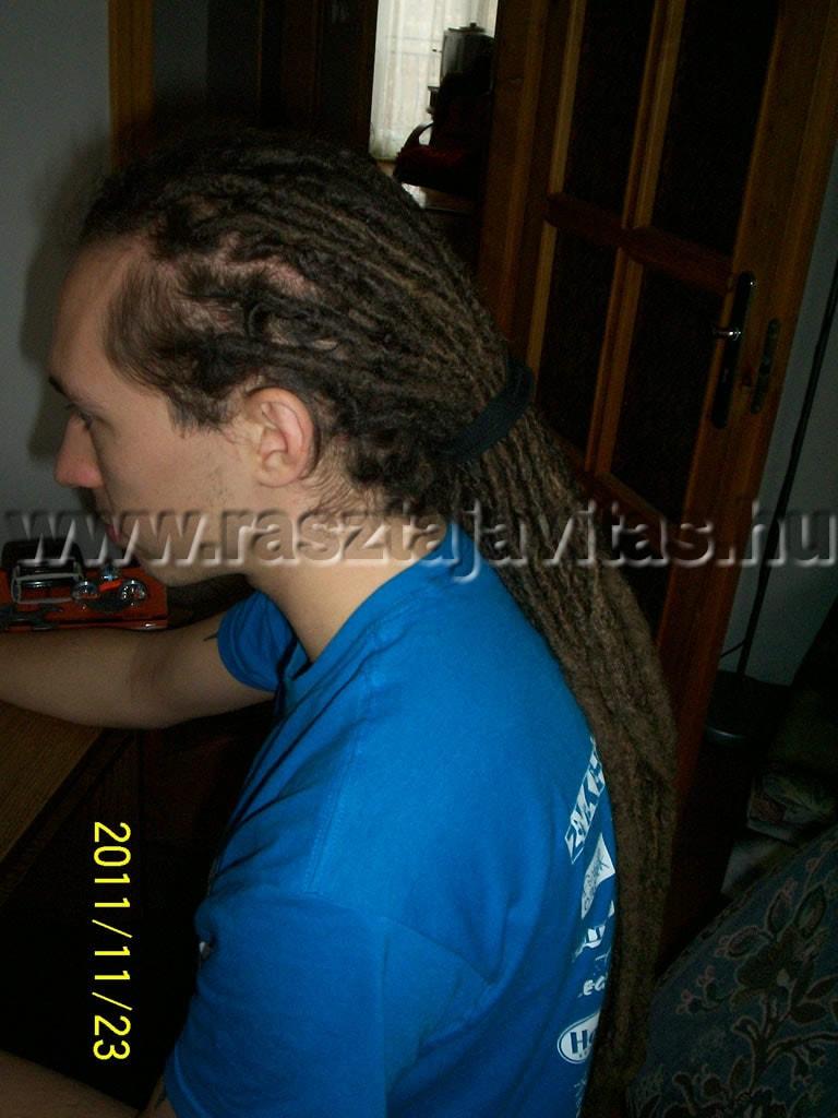 raszta haj felkötés hajgumival összekötve